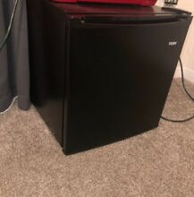 Haier Mini Fridge COLOR  Black BRAND  Haier               EXCELLENT condition