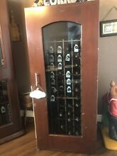 LARGE FREE STANDING LE CACHE LOCKABLE WOOD WINE REFRIGERATOR HOLDS 172 BOTTLES