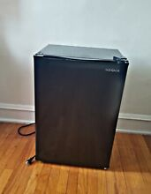 Black Insignia Mini Fridge  never used before by owner