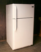FRIDGIDAIRE ELECTROLUX REFRIGERATOR FFHT1814LW3 18 2 CU FEET  LOCAL PICKUP ONLY