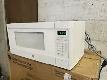 GE Profile PEM31DFCC 24  Counter Top 1 1 cu  ft   Microwave Oven Ivory color