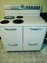 Vintage Retro GE General Electric Range Stove Late 1960 s 1970 s White  Working