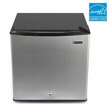 CUF 112SS Whynter 1 1 cu  ft  Energy Star Upright Freezer with Lock   Stainless