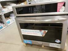 New   Frigidaire Gallery Stainless True Convection Oven 3 YR WARRANTY FGEW3065PF