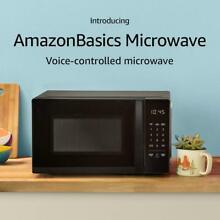 New Amazon Basics Black Microwave Oven 0 7 Cu Ft 700W Countertop w Alexa Voice