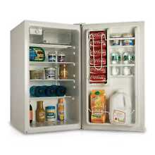 Westinghouse 4 cubic foot Refrigerator