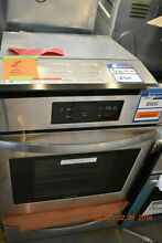 Oven Frigidaire Stainless Steel Gas Wall  24