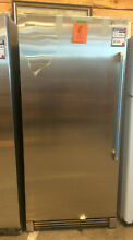 FREEZER Electrolux 32  Upright Freezer