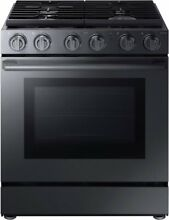 Samsung NX58M9960PM Chef Collection 30  5 8 Cu Ft  Slide In Gas Convection Range