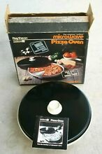 RAYTHEON MICRO21  Original Microwave Pizza Oven  Vintage 1981 Cooking Accessory