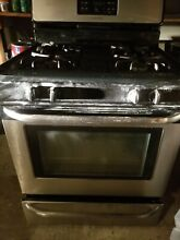 Used 30 in  4 2 cu  ft  Black Stainless steel Frigidaire Gas Range Stove
