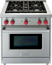 Wolf GR304 30  Pro Style Gas Range with 4 4 cu  ft  Convection Oven Natural Gas