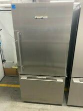 Fisher   Paykel RF170WDRX5N 32 Inch Freestanding Bottom Mount Refrigerator