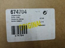 New in box 00674704 Bosch washing machine Pump Drain Genuine OEM 00674704