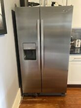Stainless steel  French Door  Whirlpool refrigerator  68x35 5x31  good condition