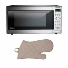Panasonic Countertop Microwave w  Inverter Technology w  Oven Mit