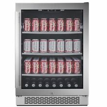 Avallon 24 inch 5 5 cu  ft  Undercounter Beverage Center