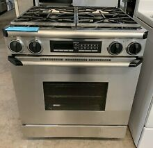 Dacor 30 in  Duel Fuel 4 Burner Gas Stove Stainless Steel
