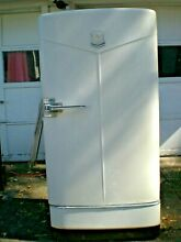 Vintage 1940s Hotpoint refrigerator works perfectly with all original shelving