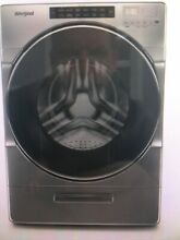 Whirlpool 4 5 cu  ft  Front Load Chrome Shadow Washer  WFW6620HC