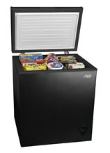 7 cu ft Chest Freezer  Black Weight  73 Pounds easy to clean storage basket