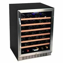 Edgestar   53 Bottle 24  Built In or Free Standing Wine Cooler   Reversible Door