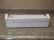 GE REFRIGERATOR SHELF BIN PART   WR71X2064
