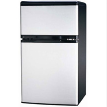 Igloo FR834 3 2 CU Ft Compact Fridge Freezer 2 Door  Platinum