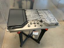 GE Caf  Series Model CGP9536SLSS 36  Stainless Steel Gas Cooktop With Griddle