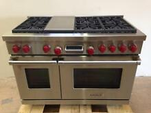Wolf DF486G 48 Dual Fuel Proffesional Range Stove 6 Burners and Griddle