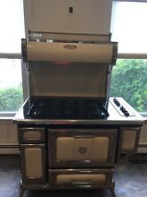 Heartland stove model 5210  white  gas electric