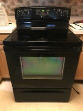 Black Amana Eletric Stove appliance glass ceramic 4 burner