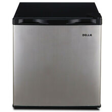 1 6 Cubic ft Compact Mini Refrigerator   Freezer  ideal for the dorm room