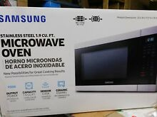 Samsung Countertop Microwave   Stainless Steel MS19N7000AS SEE NOTE