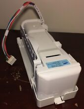 GE Refrigerator Icemaker Assembly WR30X10131