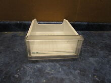 FRIGIDAIRE REFRIGERATOR MEAT PAN BLUE LINES PART  5303323258