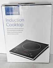 BRAND NEW Insignia 11 4  Electric Induction Cooktop NS IC1ZBK8