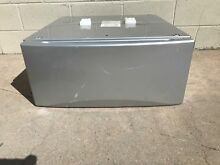 GENERAL ELECTRIC G E  GE FRONT LOADER WASHER DRYER PEDESTAL SILVER SBSD137H5MS