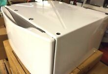 Whirlpool XHP1550VW0 15  Laundry Pedestal   Read