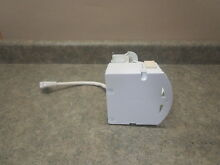 GE REFRIGERATOR ICE MAKER PART  WR30X10150