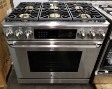 NEW OUT OF BOX DACOR 36  DUAL FUEL CONVECTION RANGE STAINLESS STEEL