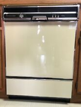 Kitchen Aid Dishwasher KUDC220T0