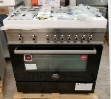 NEW OUT OF BOX BERTAZZONI PROFESSIONAL SERIES 36  ALL GAS RANGE IN BLACK