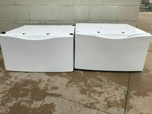 Whirlpool WHP1500SQ1 27x27x15 Laundry Pedestal with Storage Drawer