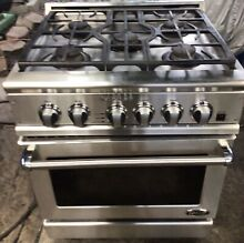 USED Fisher   Paykel Classic Series 30  Gas Range in Stainless MODEL  RGTC 305 L