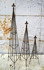 Wrought Iron Small Triangle Topiary with Finial Trellis - 3 Sizes