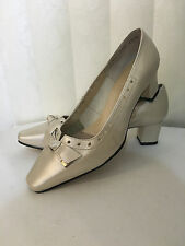 Ros Hommerson Bono BonePearl  Leather Classic Heel Shoes Sz 7.5-9 W/WW