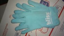 new bliss lab glamour gloves    1 pair  blue great for dry skin