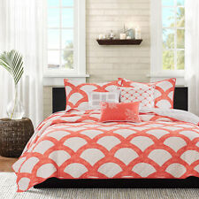 Transitional Coastal Coral Quilted 6-PC Coverlet Set Cal. King Full/Queen King
