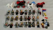 Genuine Lego! Lot of 24 vintage Castle minifigs knights horses armor capapult